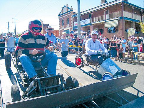 Bob Baldwin and George Souris race in 2011